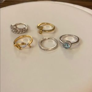 Jewelry - Costume rings made with Swarovski Crystal lot 4